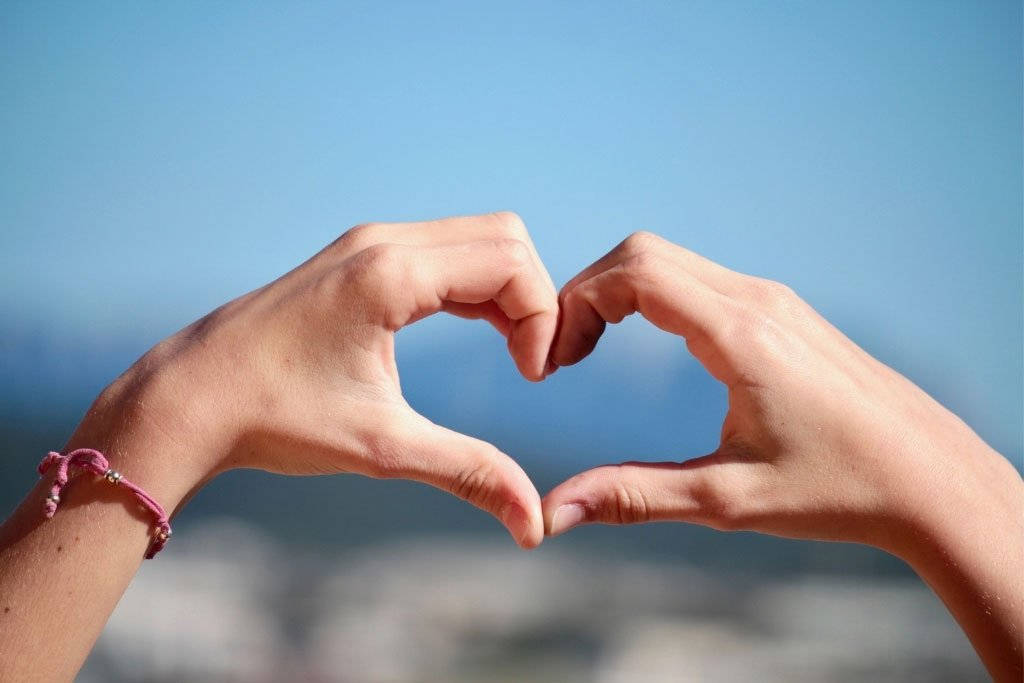 A love sign form with the hands
